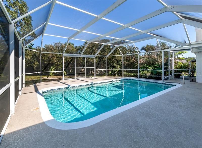 Photo of 408 WATERSIDE LANE, NOKOMIS, FL 34275 (MLS # N6108874)