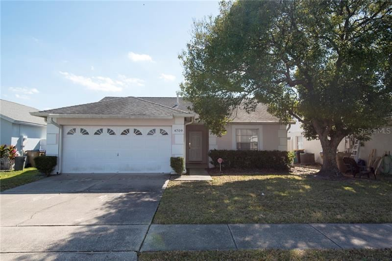 Photo of 4709 CHEYENNE POINT TRAIL, KISSIMMEE, FL 34746 (MLS # O5918877)