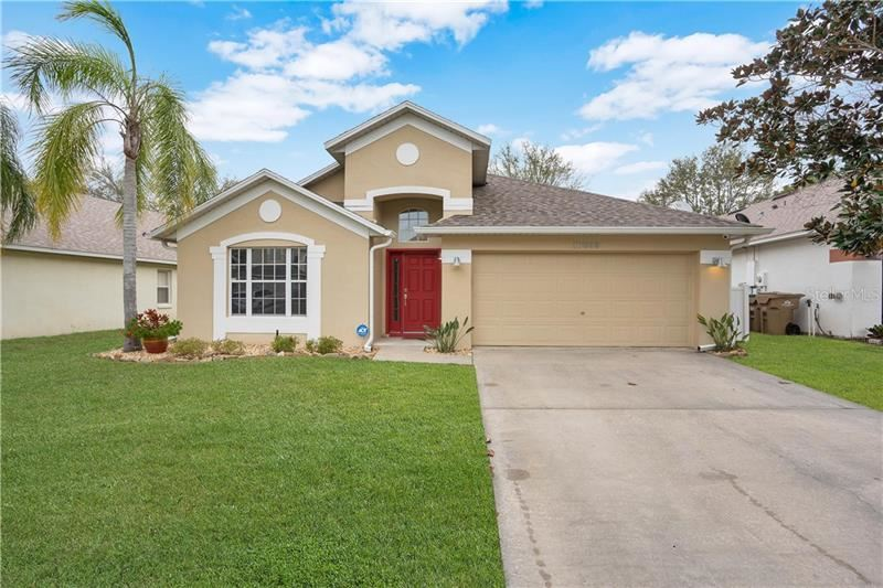 Photo of 16639 RISING STAR DRIVE, CLERMONT, FL 34714 (MLS # S5030878)