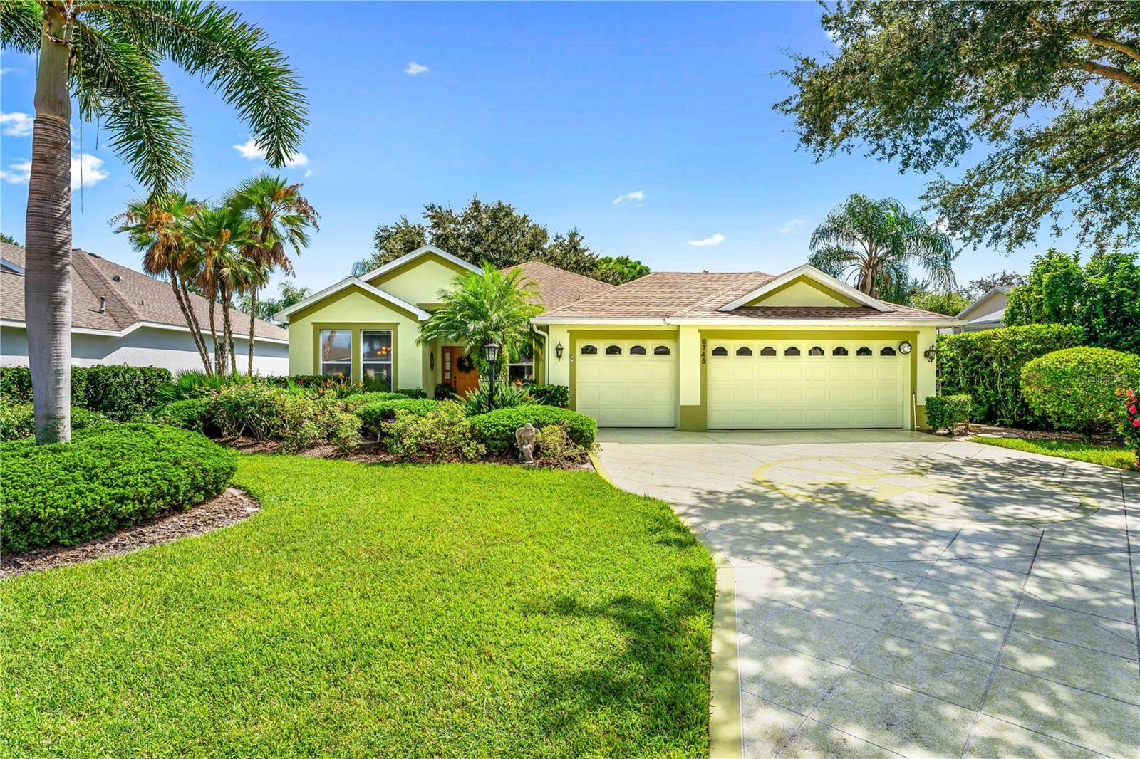 6745 CARLYLE LANE, Sarasota, FL 34243 - #: A4511880