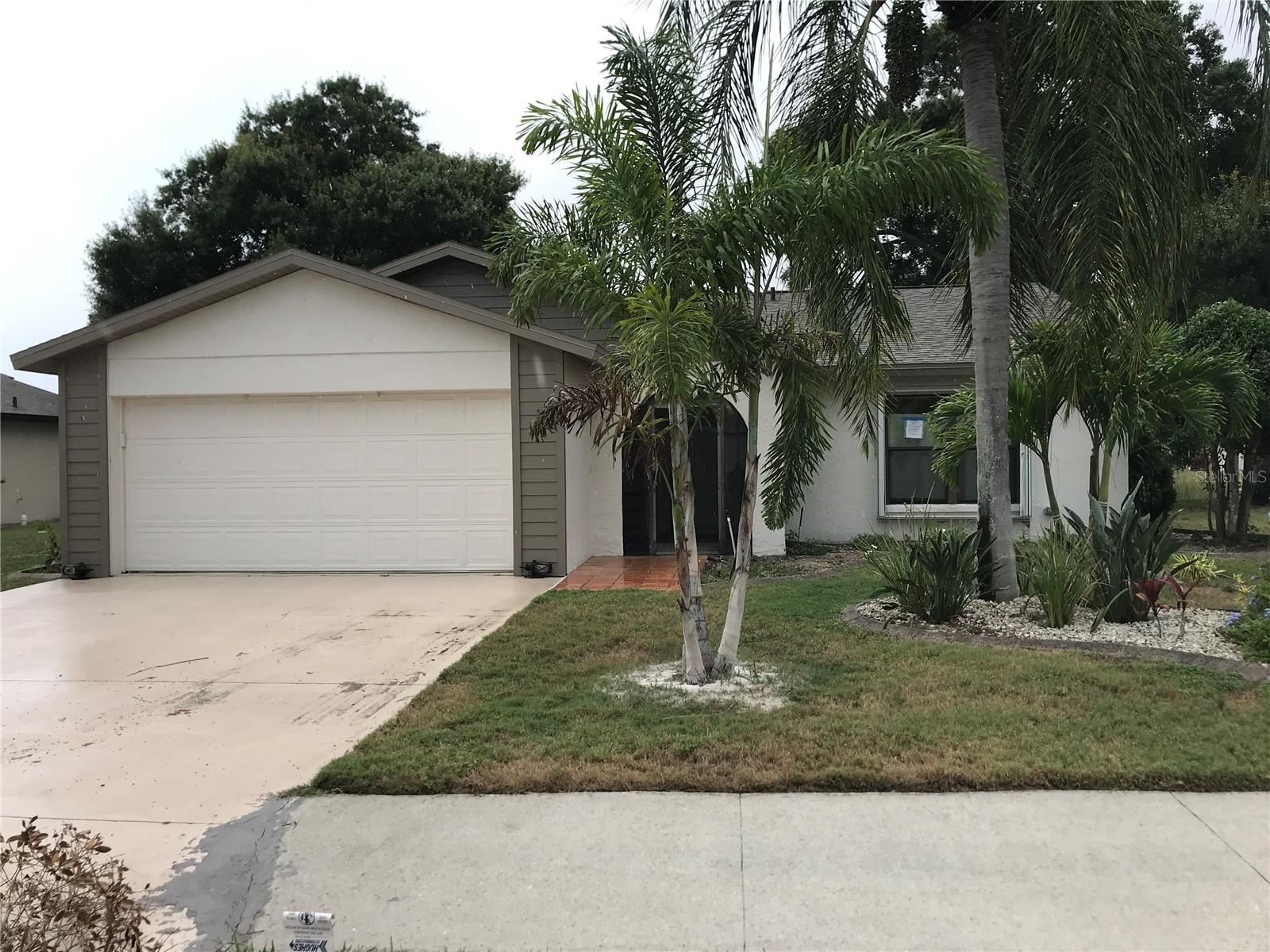 Photo of 427 CYPRESS FOREST DRIVE, ENGLEWOOD, FL 34223 (MLS # N6115884)