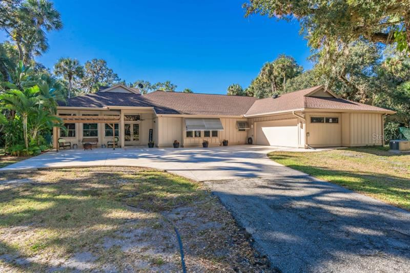 Photo of 7274 FRISCO LANE, SARASOTA, FL 34241 (MLS # A4452889)