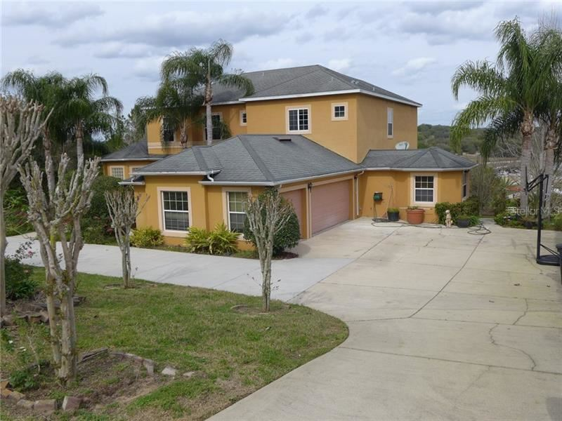 Photo of 12717 CYNTHIA LANE, CLERMONT, FL 34715 (MLS # G5029892)