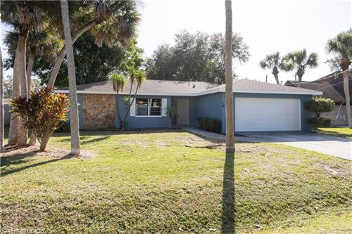 Photo of 206 LAKE SHORE DRIVE, NOKOMIS, FL 34275 (MLS # A4456895)