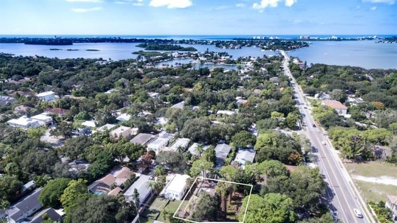Photo of 3529 JACINTO COURT, SARASOTA, FL 34239 (MLS # A4433895)