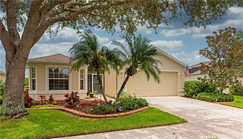 Photo of 8115 HAVEN HARBOUR WAY, BRADENTON, FL 34212 (MLS # A4472895)