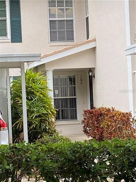 Photo of 801 MONTROSE DRIVE #104, VENICE, FL 34293 (MLS # D6117900)