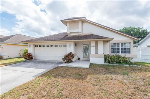 Photo of 8705 CHARMING KNOLL CT, TAMPA, FL 33635 (MLS # T3234901)