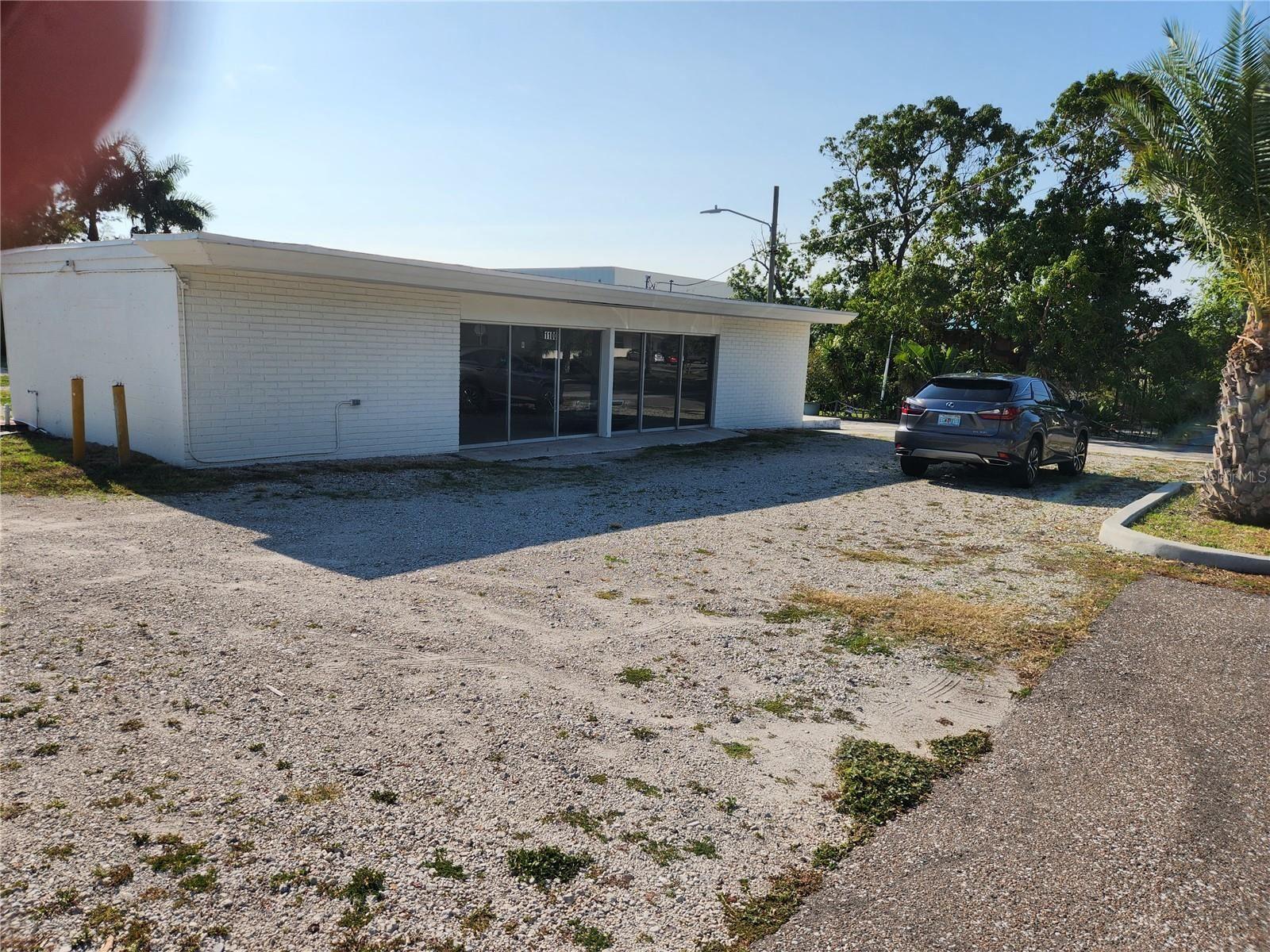 1100 S MYRTLE AVENUE, Clearwater, FL 33756 - #: U8110901