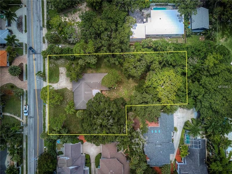 Photo of 950 S OSPREY AVENUE, SARASOTA, FL 34236 (MLS # A4410905)