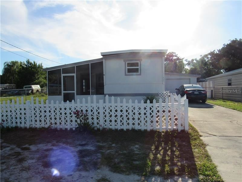 11425 LEISURE LANE, Port Richey, FL 34668 - #: W7822907