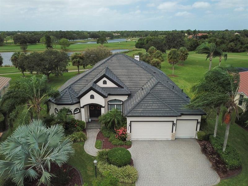 7023 TWIN HILLS TERRACE, Lakewood Ranch, FL 34202 - #: A4478909
