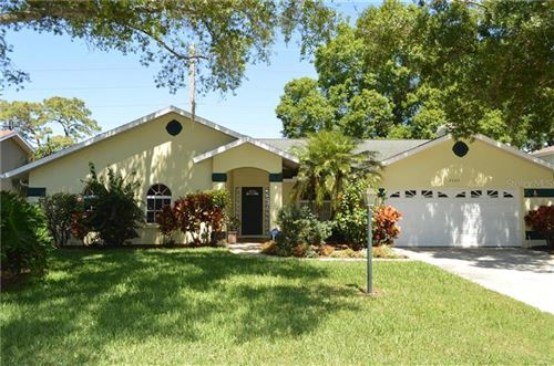 Photo of 4505 DIAMOND CIRCLE N, SARASOTA, FL 34233 (MLS # A4464910)