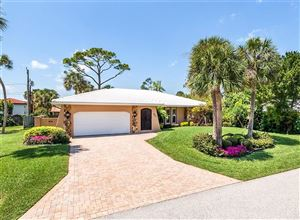Photo of 620 POINSETTIA DRIVE, VENICE, FL 34285 (MLS # N6104914)