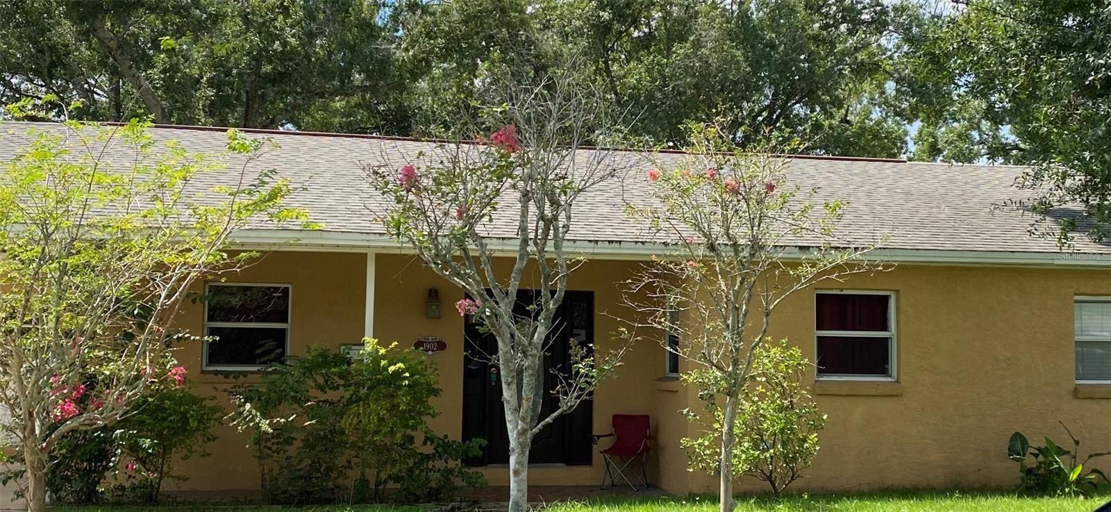 1902 W CRAWFORD STREET, Tampa, FL 33604 - #: T3325914
