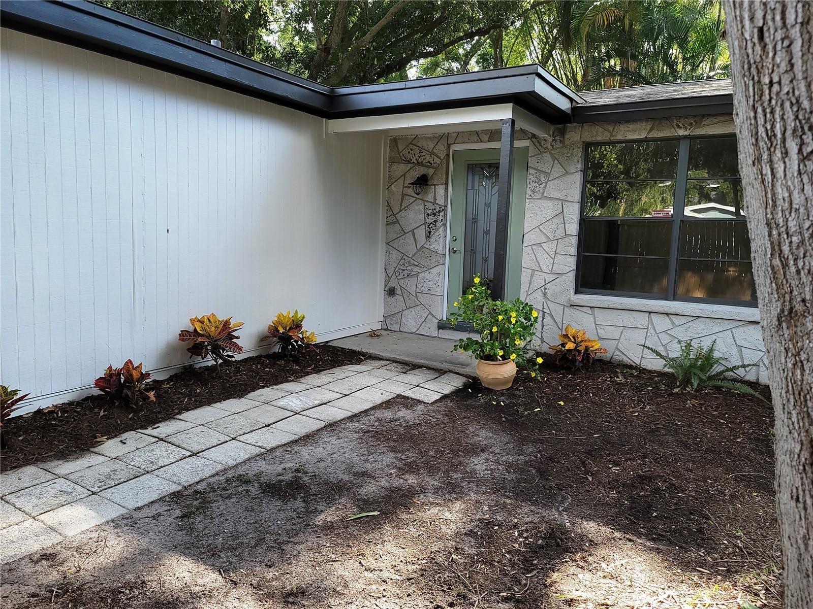 6119 S ELKINS AVENUE, Tampa, FL 33611 - #: T3307915