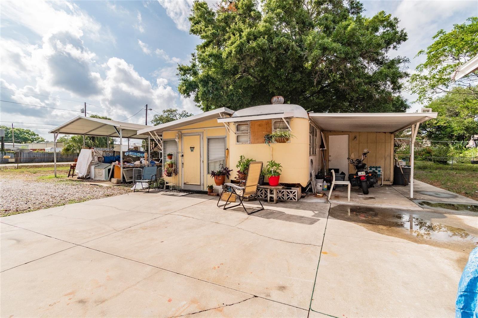 Photo of 13233 FAXTON STREET, CLEARWATER, FL 33760 (MLS # U8127917)
