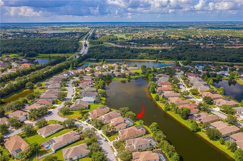 Photo of 6570 FIELD SPARROW GLEN, LAKEWOOD RANCH, FL 34202 (MLS # U8091919)