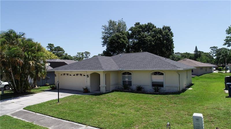 7527 42ND COURT E, Sarasota, FL 34243 - #: A4466923