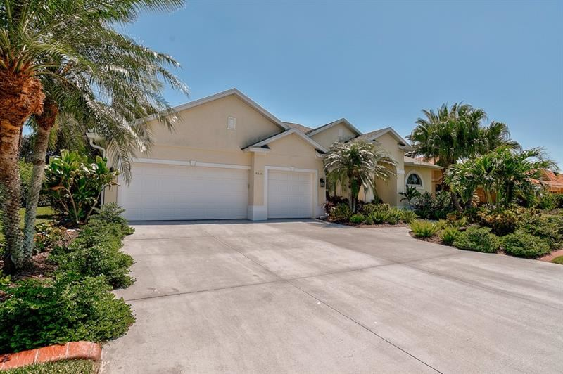 Photo of 7596 RIDGE ROAD, SARASOTA, FL 34238 (MLS # A4466925)