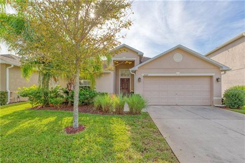 Photo of 18364 AYLESBURY LANE, LAND O LAKES, FL 34638 (MLS # T3212926)
