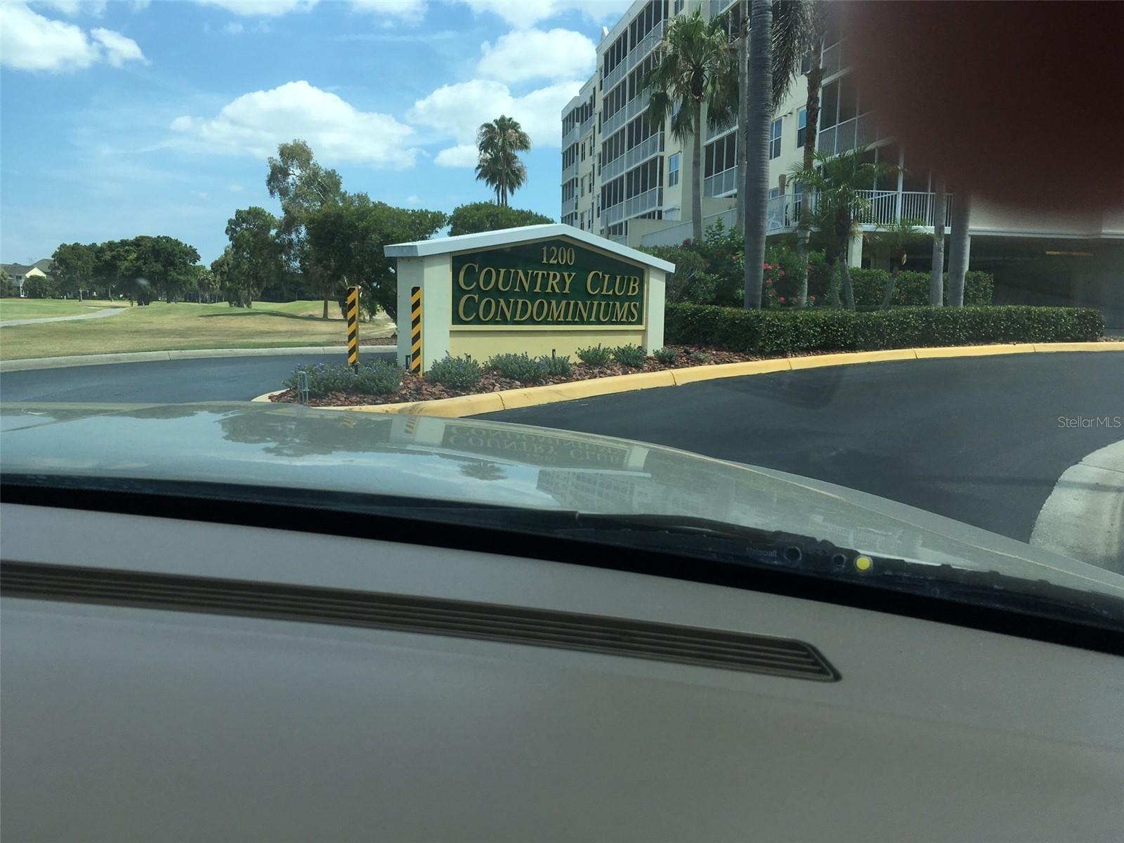 1200 COUNTRY CLUB DRIVE #1501, Largo, FL 33771 - MLS#: U8125926
