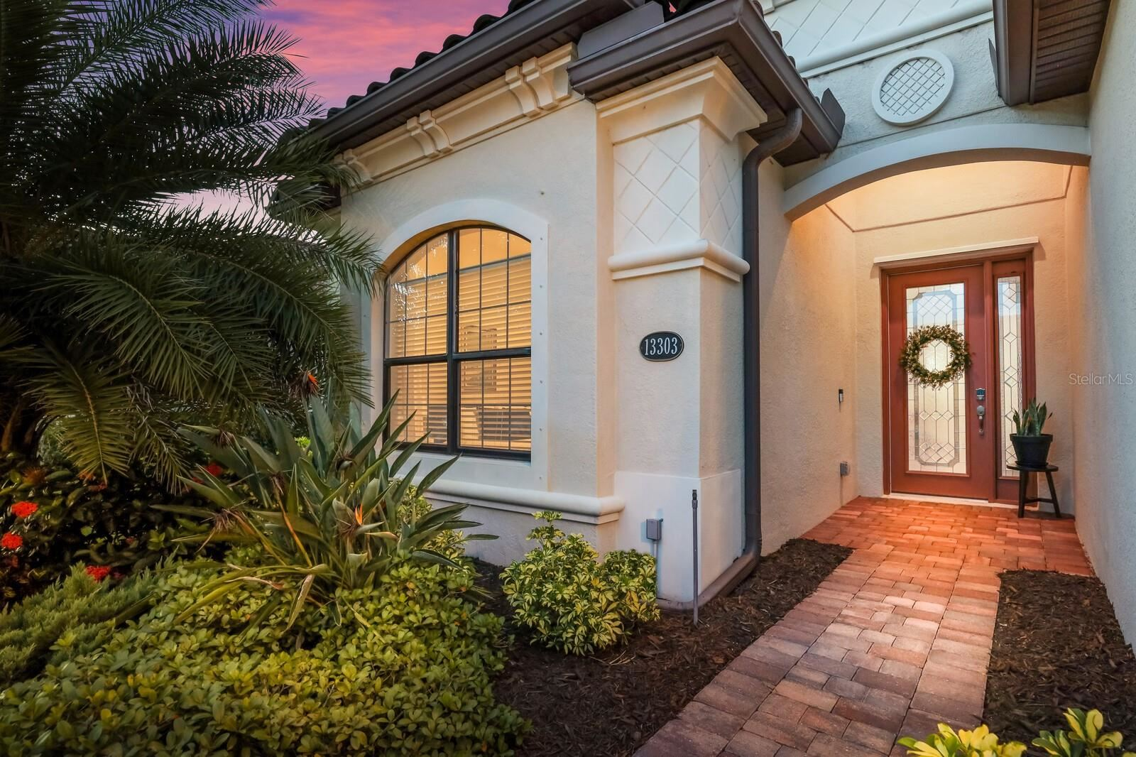 Photo of 13303 SWIFTWATER WAY, LAKEWOOD RANCH, FL 34211 (MLS # A4511927)