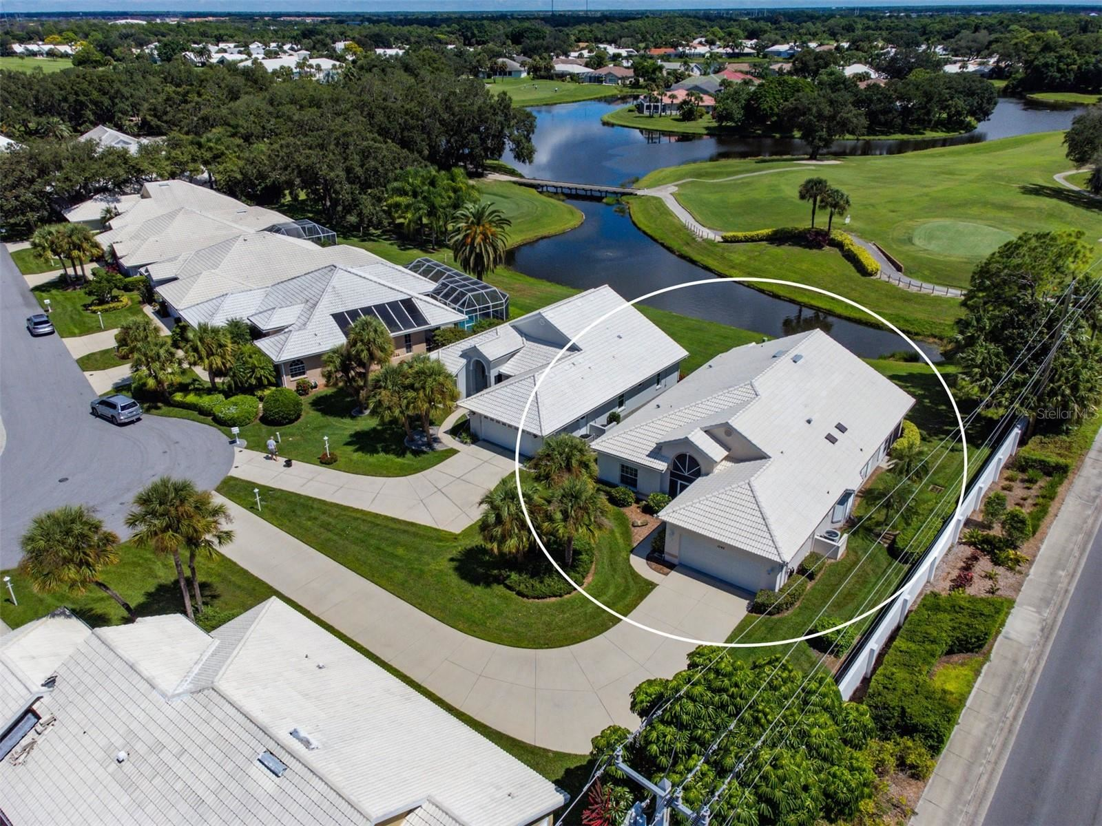 Photo of 1342 CLUBVIEW COURT, VENICE, FL 34292 (MLS # A4512927)