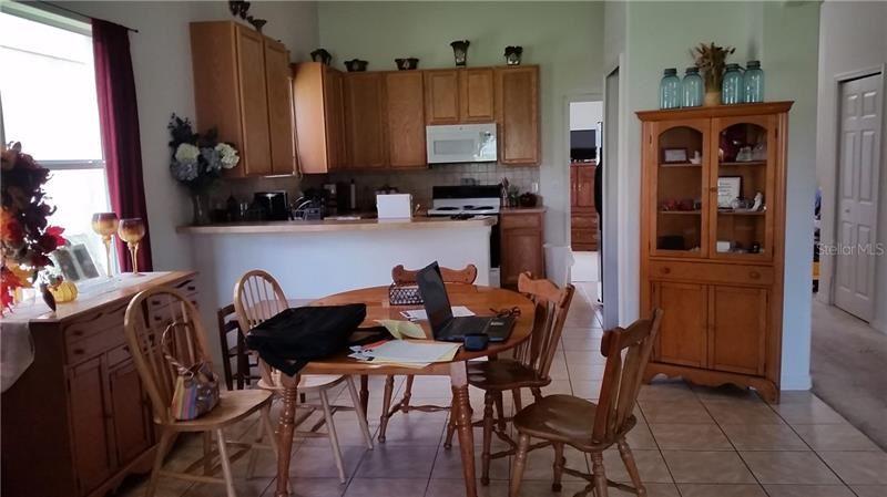 Photo of 932 MARISA LANE, KISSIMMEE, FL 34744 (MLS # S5037927)