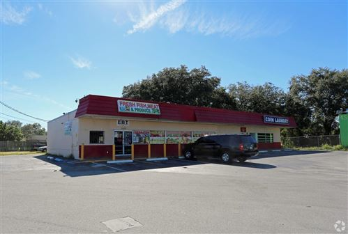 Photo of 2622 AVENUE V NW, WINTER HAVEN, FL 33881 (MLS # A4515928)