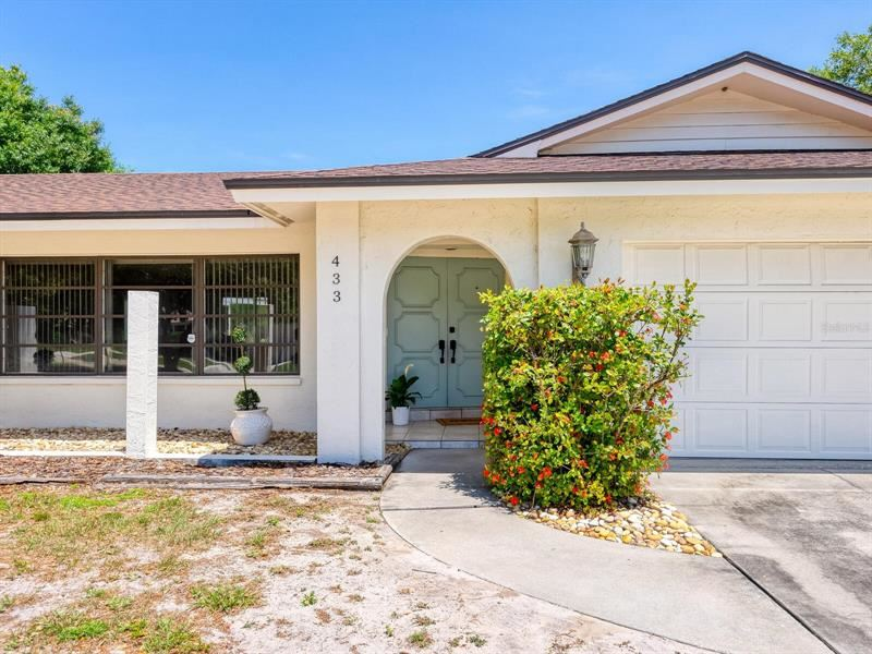 433 WHITFIELD AVENUE, Sarasota, FL 34243 - MLS#: A4499929
