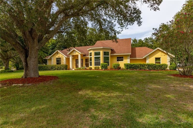 Photo of 8705 11TH AVENUE PLACE NW, BRADENTON, FL 34209 (MLS # A4470930)