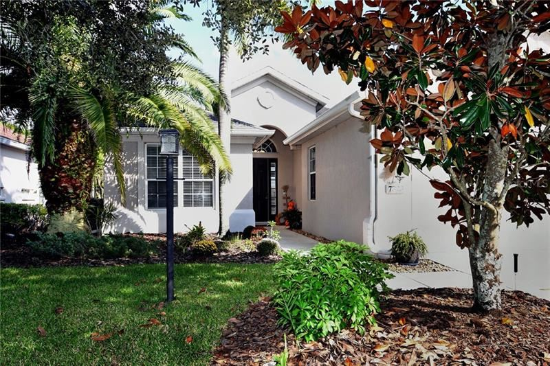 Photo of 7323 MEETING STREET, UNIVERSITY PARK, FL 34201 (MLS # A4480933)