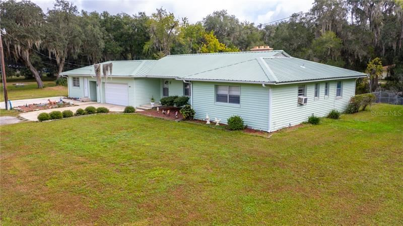 1407 CR 436, Lake Panasoffkee, FL 33538 - #: S5041935