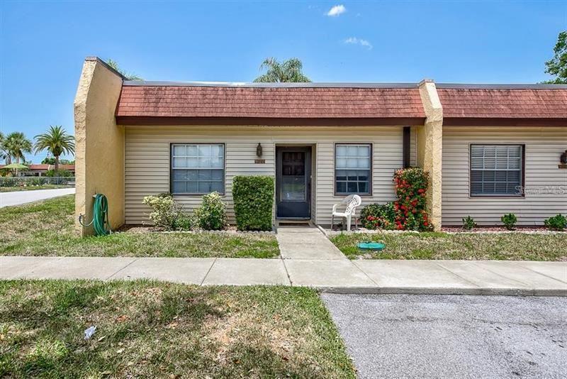 9122 OAKWOOD LANE #9122, Seminole, FL 33776 - MLS#: O5886938