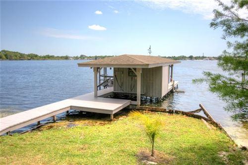 Photo of 210 GREEN LAKE CIRCLE, LONGWOOD, FL 32779 (MLS # O5872939)