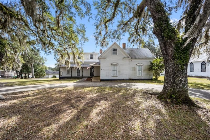 112 W MCCLENDON STREET, Lady Lake, FL 32159 - #: G5036942