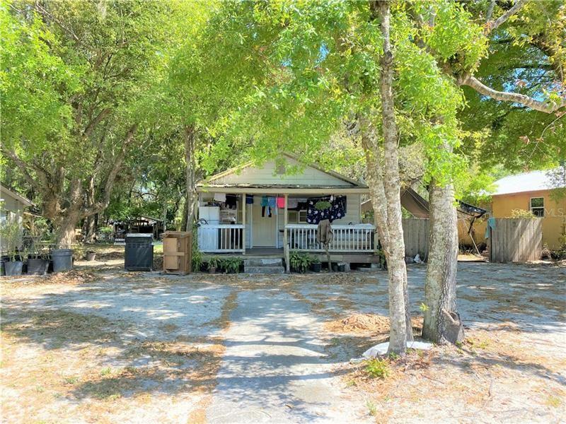 1322 N SIMPSON STREET, Mount Dora, FL 32757 - #: G5039942