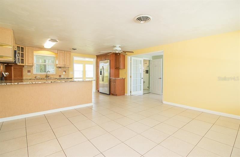 Photo of 872 E 6TH STREET, ENGLEWOOD, FL 34223 (MLS # A4496943)