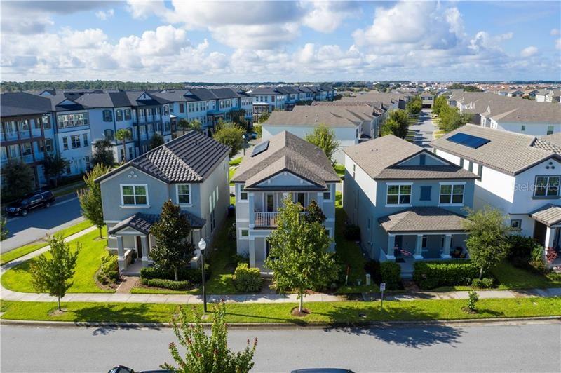 Photo of 14610 SETON CREEK BOULEVARD, WINTER GARDEN, FL 34787 (MLS # O5937943)