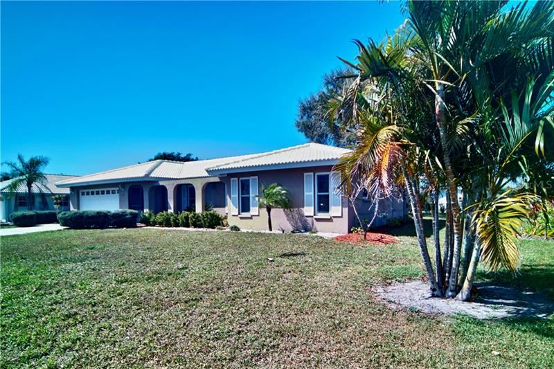 Photo of 107 COROT DRIVE, NOKOMIS, FL 34275 (MLS # A4492944)