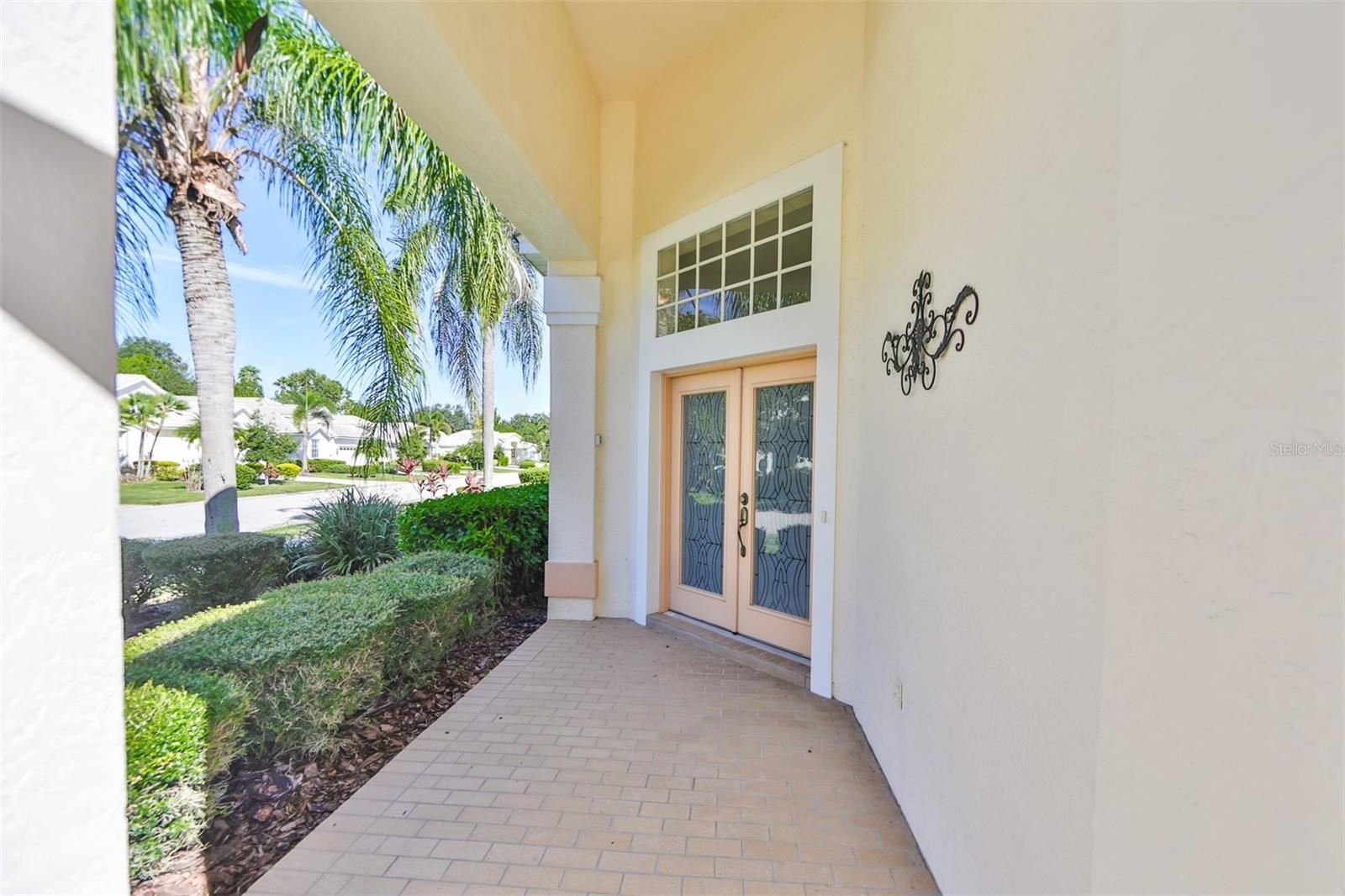 Photo of 8427 IDLEWOOD COURT, LAKEWOOD RANCH, FL 34202 (MLS # T3329945)