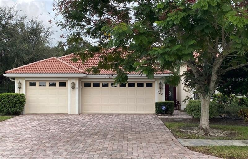 Photo of 6218 STILLWATER COURT, UNIVERSITY PARK, FL 34201 (MLS # A4479947)