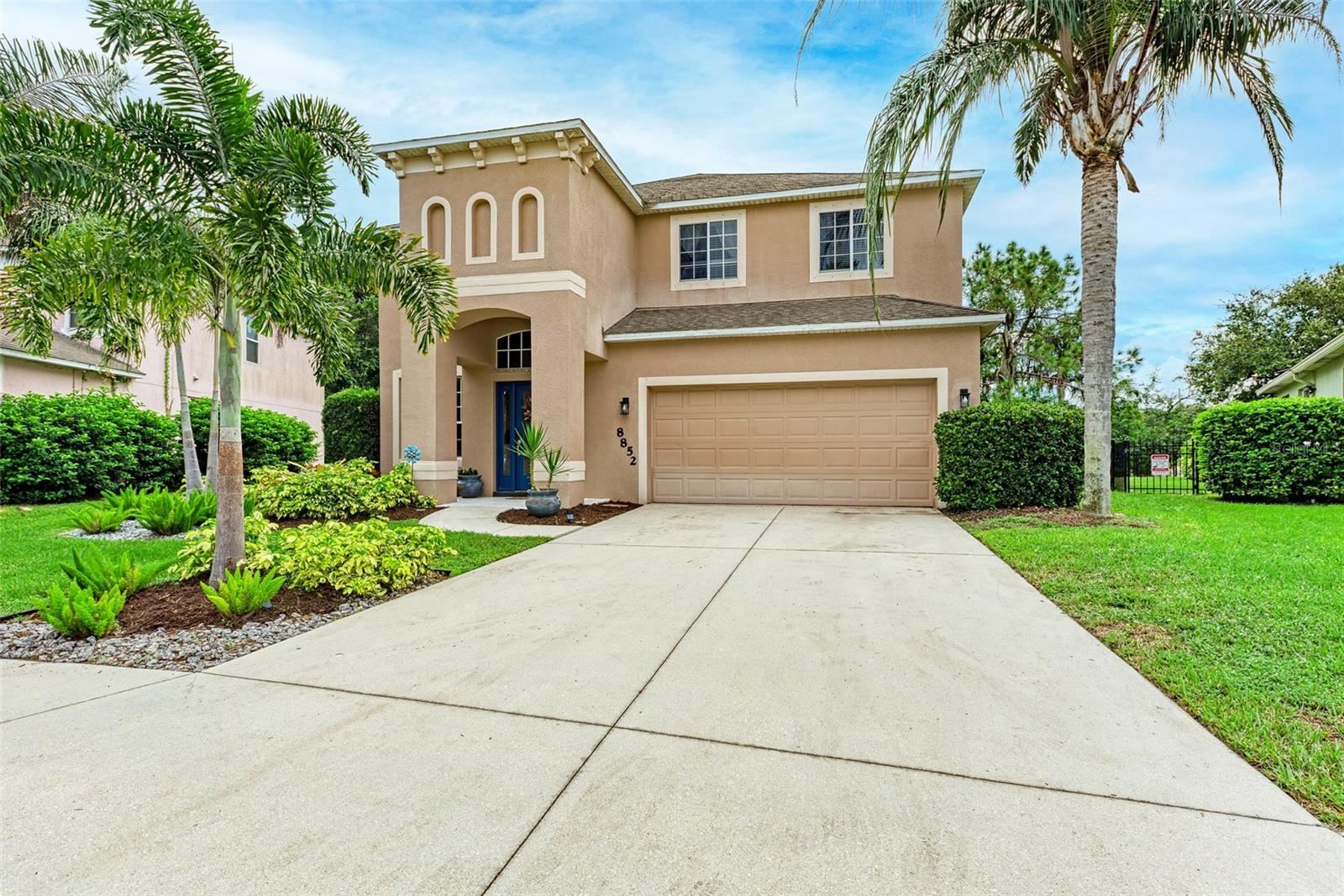 Photo of 8852 FOUNDERS CIRCLE, PALMETTO, FL 34221 (MLS # A4512947)