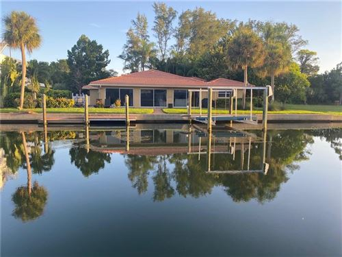 Photo of 569 KINGFISHER LANE, LONGBOAT KEY, FL 34228 (MLS # T3266948)