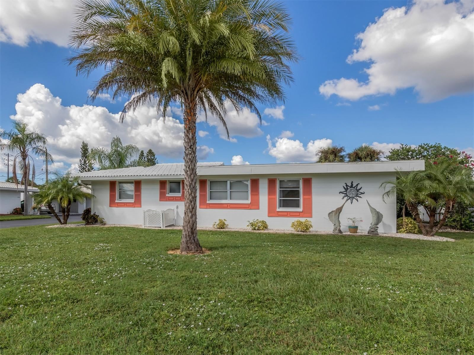 Photo of 1743 CARIBBEAN CIRCLE #14, VENICE, FL 34293 (MLS # N6117948)