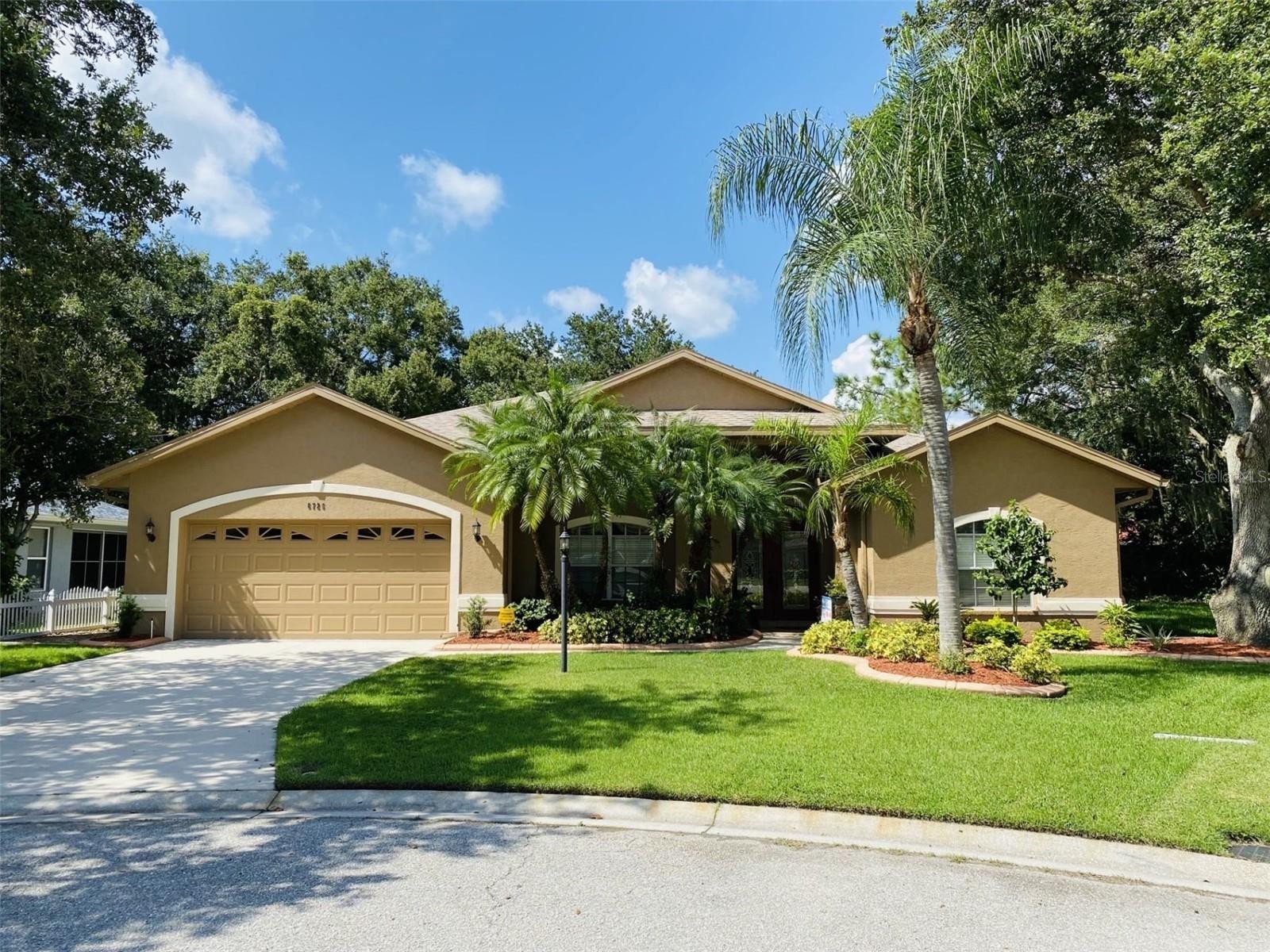 6725 WILLOW POND LANE, Sarasota, FL 34240 - #: U8133950