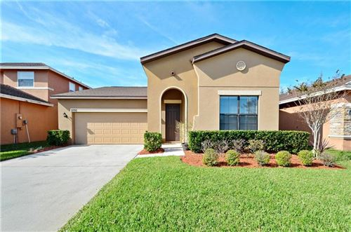 Photo of 1090 HERMOSA WAY, KISSIMMEE, FL 34744 (MLS # O5830954)