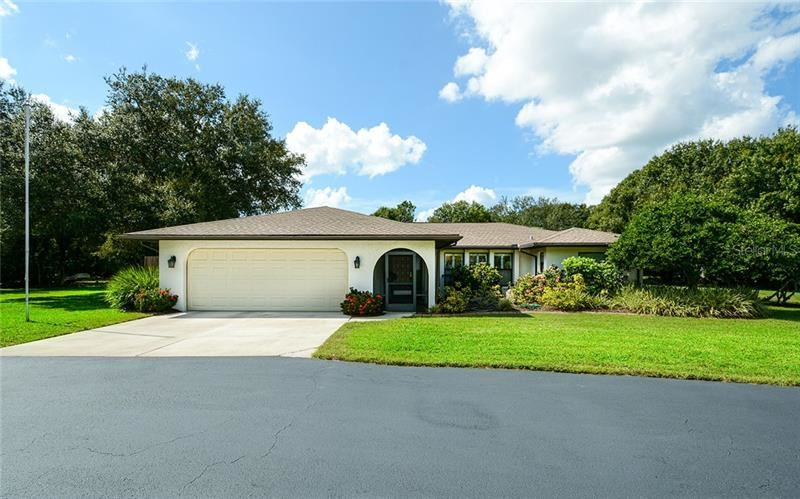Photo of 1315 GUARDIAN DRIVE, VENICE, FL 34292 (MLS # A4449954)