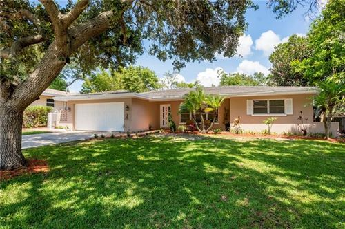 Photo of 913 OAKVIEW AVENUE, CLEARWATER, FL 33756 (MLS # U8085956)